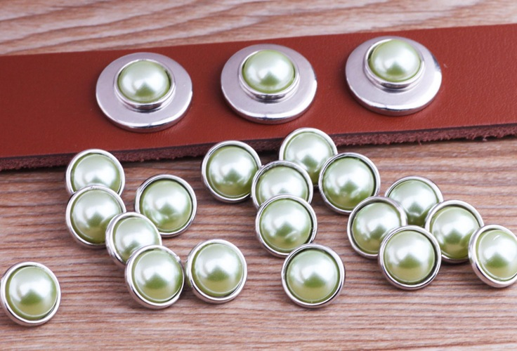 PAPAPRESS Fashion 60pcs/lot Pearl Grass Green 12mm Mini Glass Snaps Jewelry Choker Snap Button Fit Leather Snaps Bracelet M687